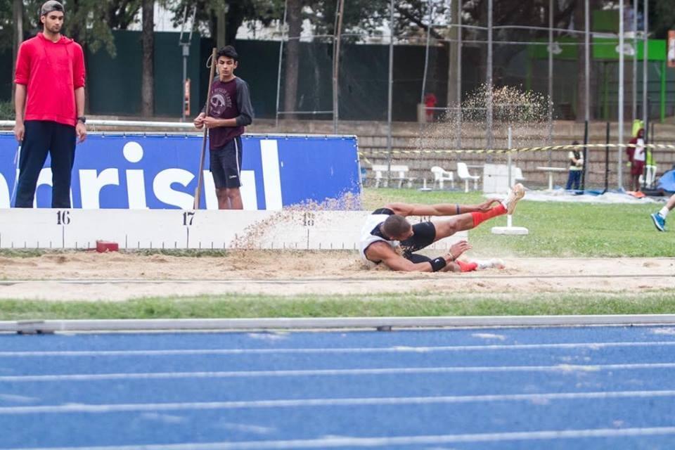 92a61bdaa O Departamento de Atletismo da Sogipa está movimento a pista do clube com o   Torneio de Aniversário do Atletismo da Sogipa