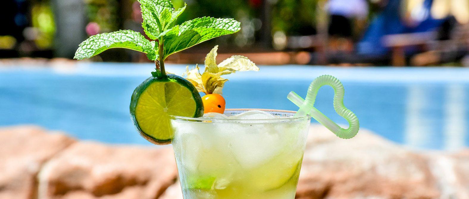 Festa contará com ilhas de caipirinha com 3 horas de open bar