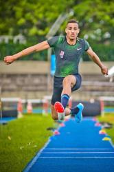 Almir Júnior - Atletismo (salto triplo). Foto: Valter Nagelstein