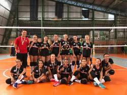 Após vencer seis partidas, a equipe feminina foi campeã invicta.