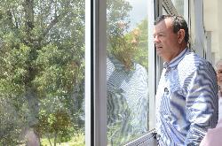 Representando o CBC, Lars Grael conhece a infraestrutura esportiva da Sogipa