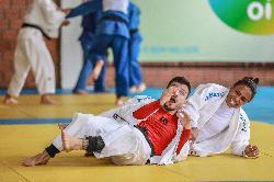 Sete atletas da Sogipa vão participar do Mundial de Judô, que ocorre no Azerbaijão. Grupo começa a viajar nesta quinta-feira