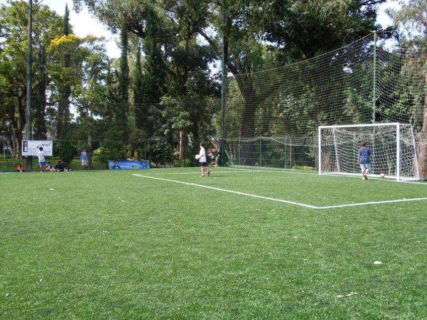 62a85d3b0da1e Na Sogipa você pratica futebol com uma ótima infraestrutura e uma comissão  técnica qualificada