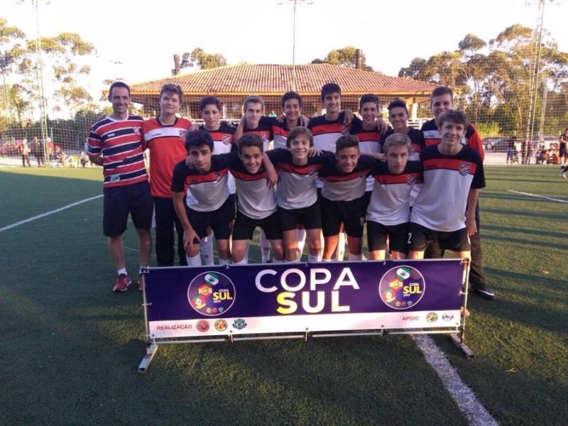 CAMPEÕES DO SUL > Equipe de soccer society da Sogipa tem belíssimo desempenho na Copa Sul de Equipes