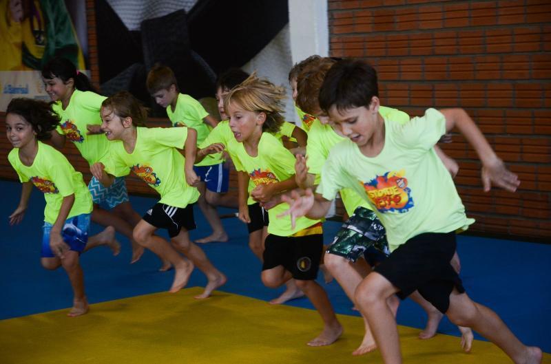 Dada a largada! » As inscrições já estão abertas para o Esporte Verão 2018. Projeto proporciona atividades esportivas e de recreação para crianças entre 4 e 12 anos