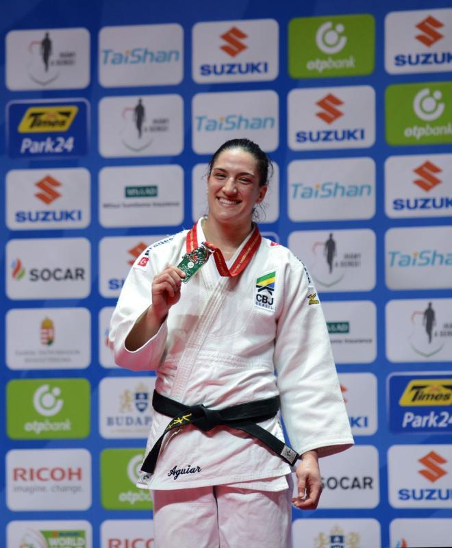 Atleta do ano! > Mayra Aguiar concorre à atleta do ano no Prêmio Brasil Olímpico 2017. Nos prêmios por modalidade, judoca foi eleita melhor atleta do judô