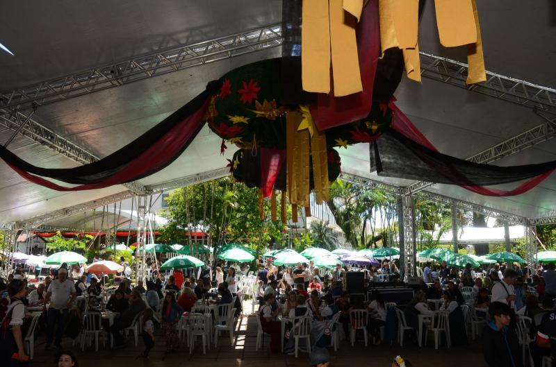 Domingo no Parque - Oktoberfest >