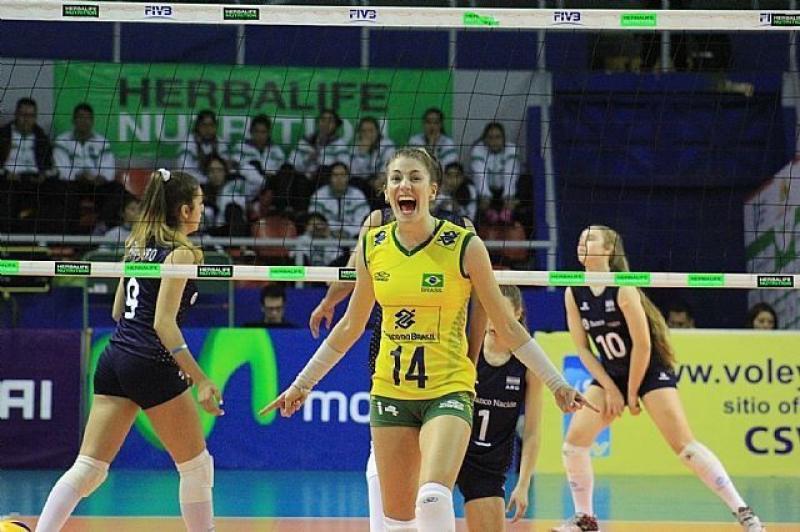 T�tulo e premia��o  � Atleta da Sogipa � eleita melhor ponteira do Sul Americano Sub 18