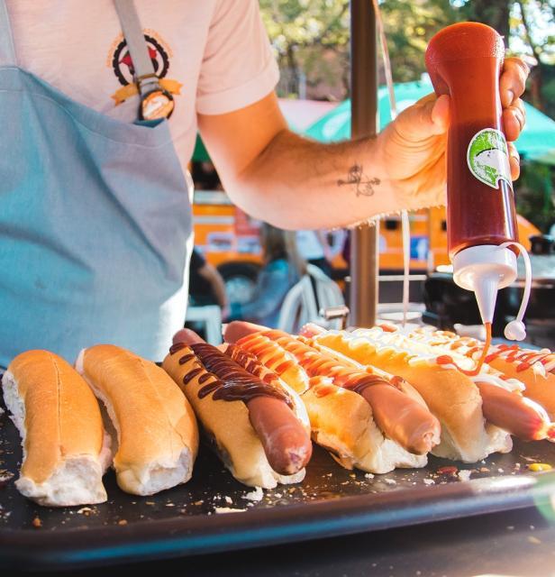 Diversão, boa comida e cervejas artesanais no cardápio do sábado sogipano