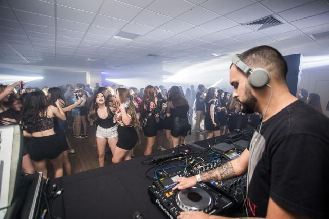 Festa contou com a animação dos DJs Gabriel R e Sabrina Bastos
