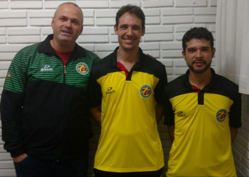 O Jo�o � sele��o � T�cnico da Sogipa assume a sele��o ga�cha sub-17 de soccer society