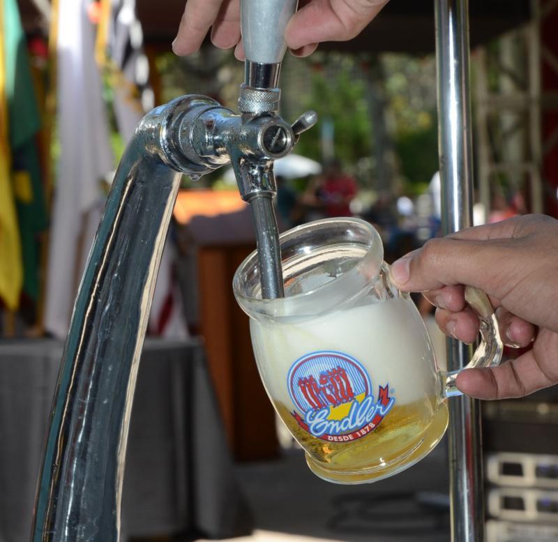 Tá gelando! » Oktoberfest traz a Cantina Germânica, Desfile e a Festa no Parque para homenagear os 150 anos da Sogipa e suas tradições