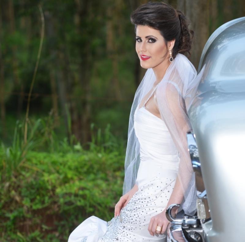 Noivas em Ação > Sogipa promove evento especial direcionado à noivas e seus familiares. Haverá exposição de produtos e serviços e food trucks